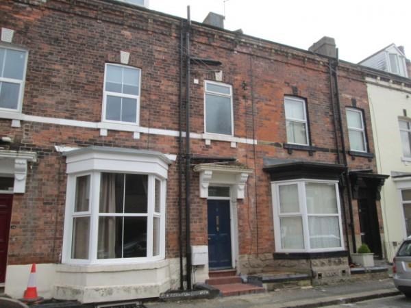 12 Westfield Terrace, Wakefield